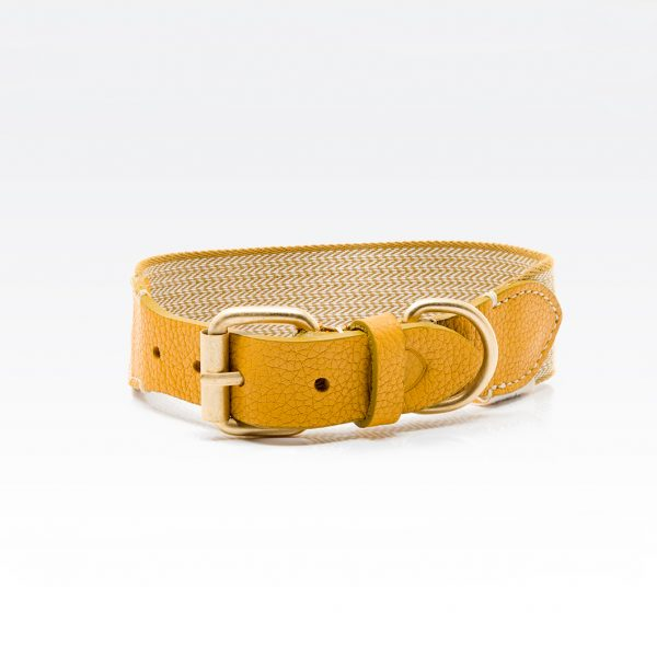 Super lækkert halsbånd i gul